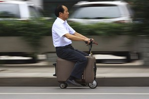 En marknad som inte blev som man förväntade sig Alibaba to promote French brands in China under new deal Starbucks Plays to Local Chinese Tastes Geely calls on Volvo to adapt to the needs of the
