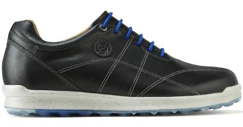 MEN S GOLF SHOES VERSALUXE The classy VersaLuxe allows golfers to experience a spikeless shoe that performs impeccably both on and off the golf course, whilst being waterproof and available in over